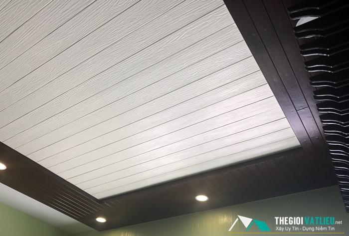 Giá tấm trần trang trí giả gỗ Smartwood SCG Thái Lan