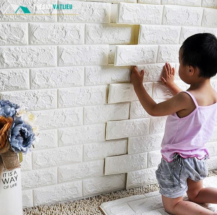 cách dán xốp vào tường theo từng miếng