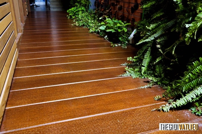 vật liệu lót sàn giả gỗ