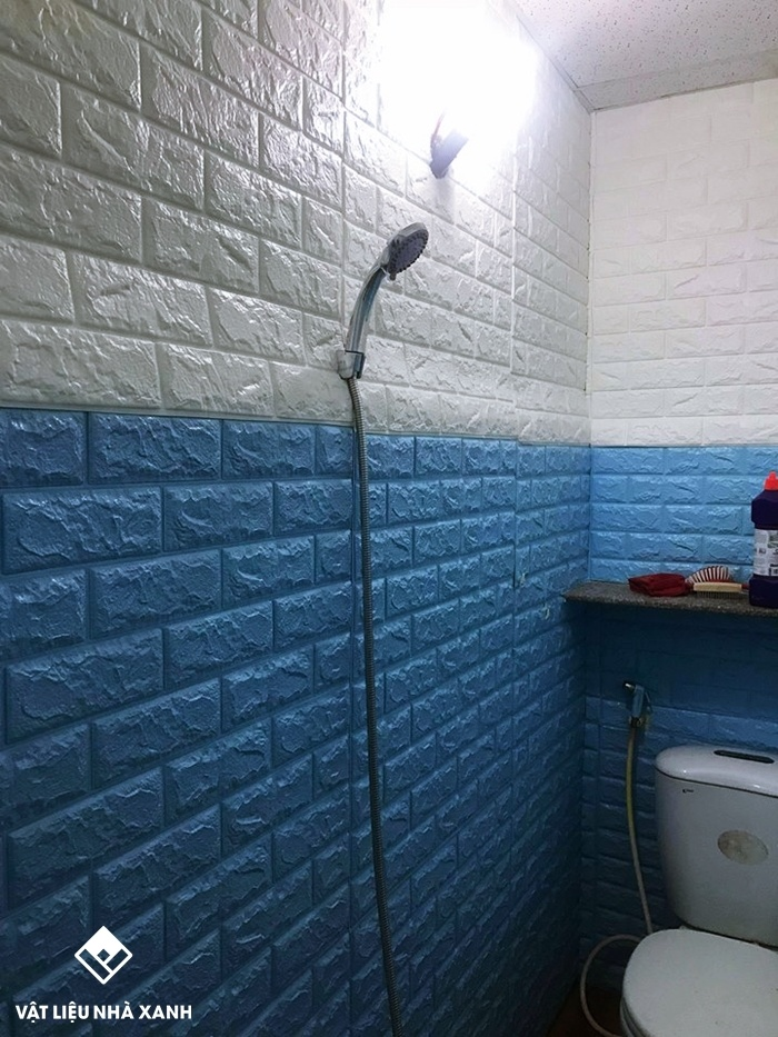 xốp dán tường chống ẩm mốc phòng tắm
