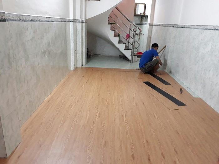 Sàn nhựa giả gỗ giải pháp tối ưu cho sàn nhà của bạn