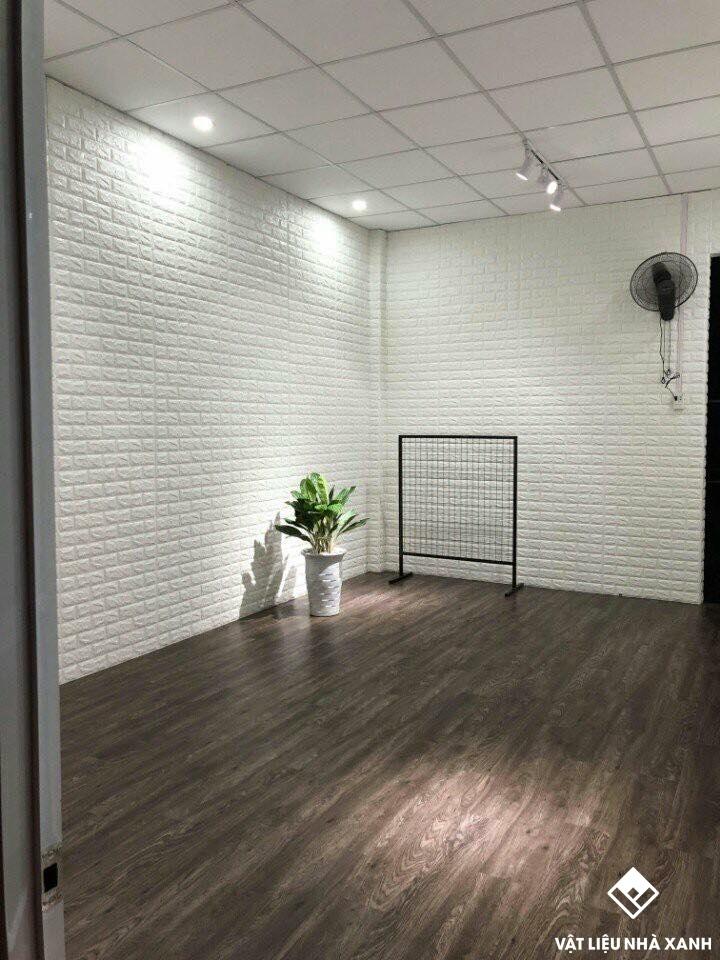 trang trí xốp dán tường văn phòng