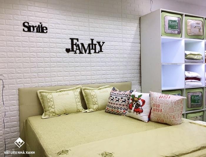 xốp phòng ngủ màu trắng