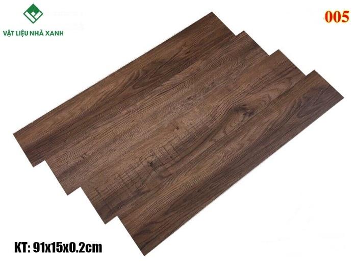 giá gạch nhựa vân gỗ