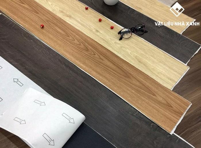 giá bán sàn nhựa vân gỗ