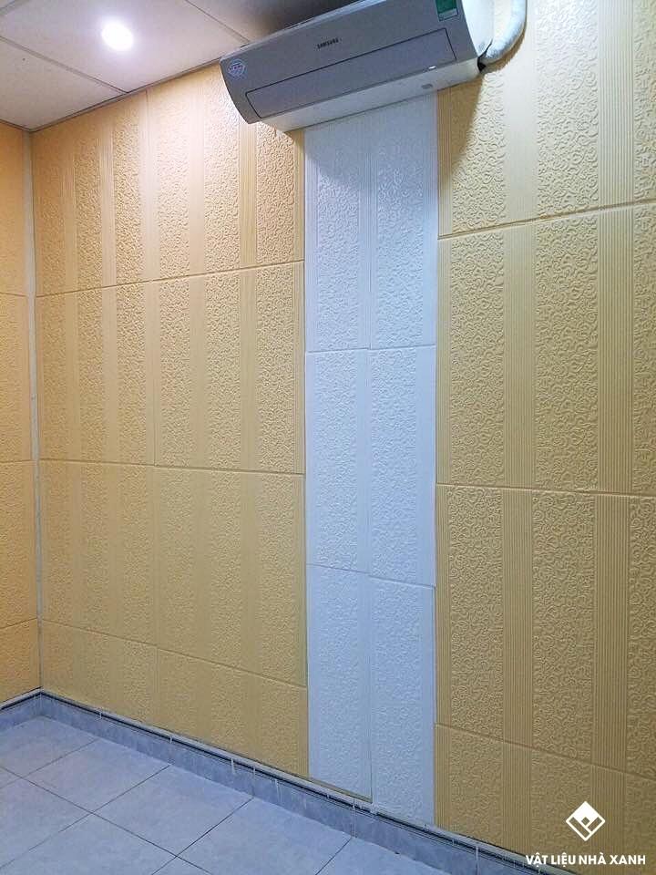 xốp dán tường cổ điển