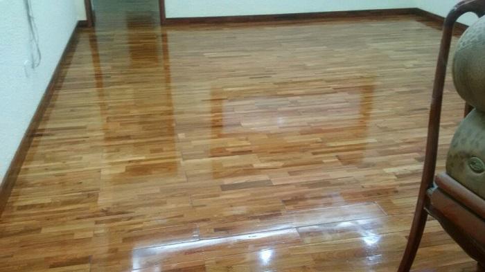 Đánh bóng sàn gỗ- Giải pháp mang tới giá trị thẩm mỹ và tuổi thọ cho sàn