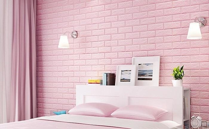 Trang trí không gian phòng ngủ với xốp dán tường màu hồng