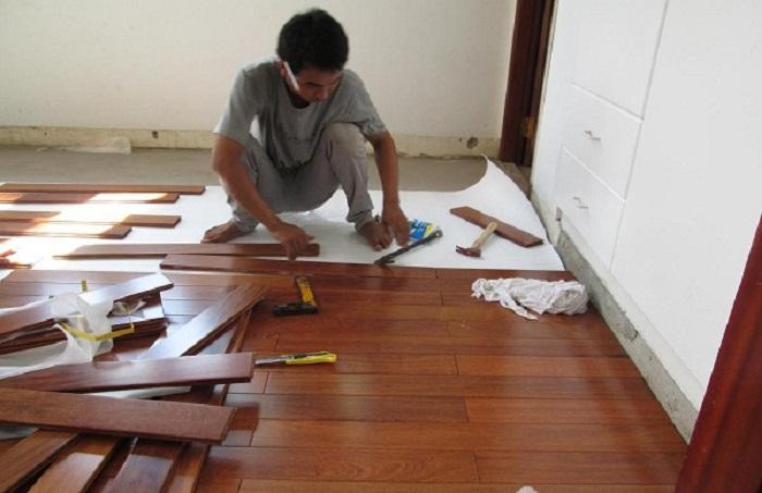 Thi công sàn gỗ Căm Xe đẹp
