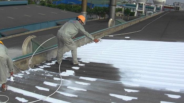 Hãy thực hiện chống nóng cho mái nhà