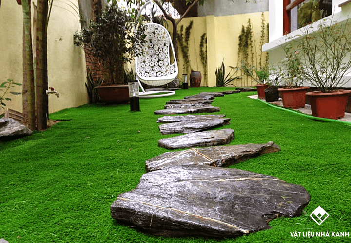 Thảm cỏ nhân tạo lót sân vườn